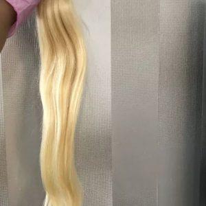 Cheveux Raides Blond